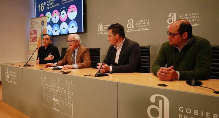 Kiko Moya recibe el I Premio Gastro Cinema del Festival de Cine de Alicante